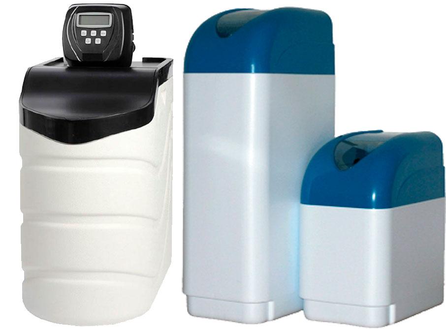 компактний кабінетний пом'якшувач води для квартири
